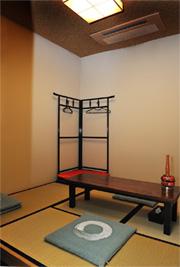 久喜市の葬祭ホール,グラーテス久喜の導師控室